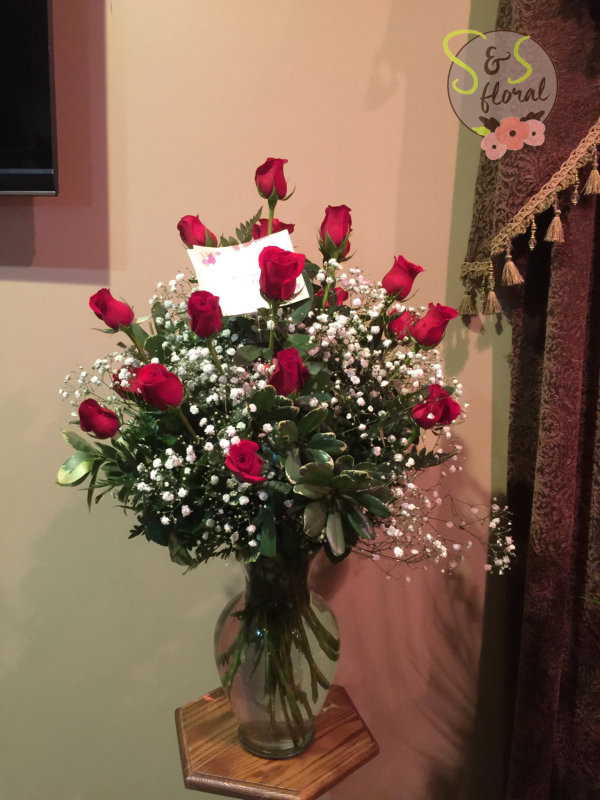 dozen roses and s floral kc